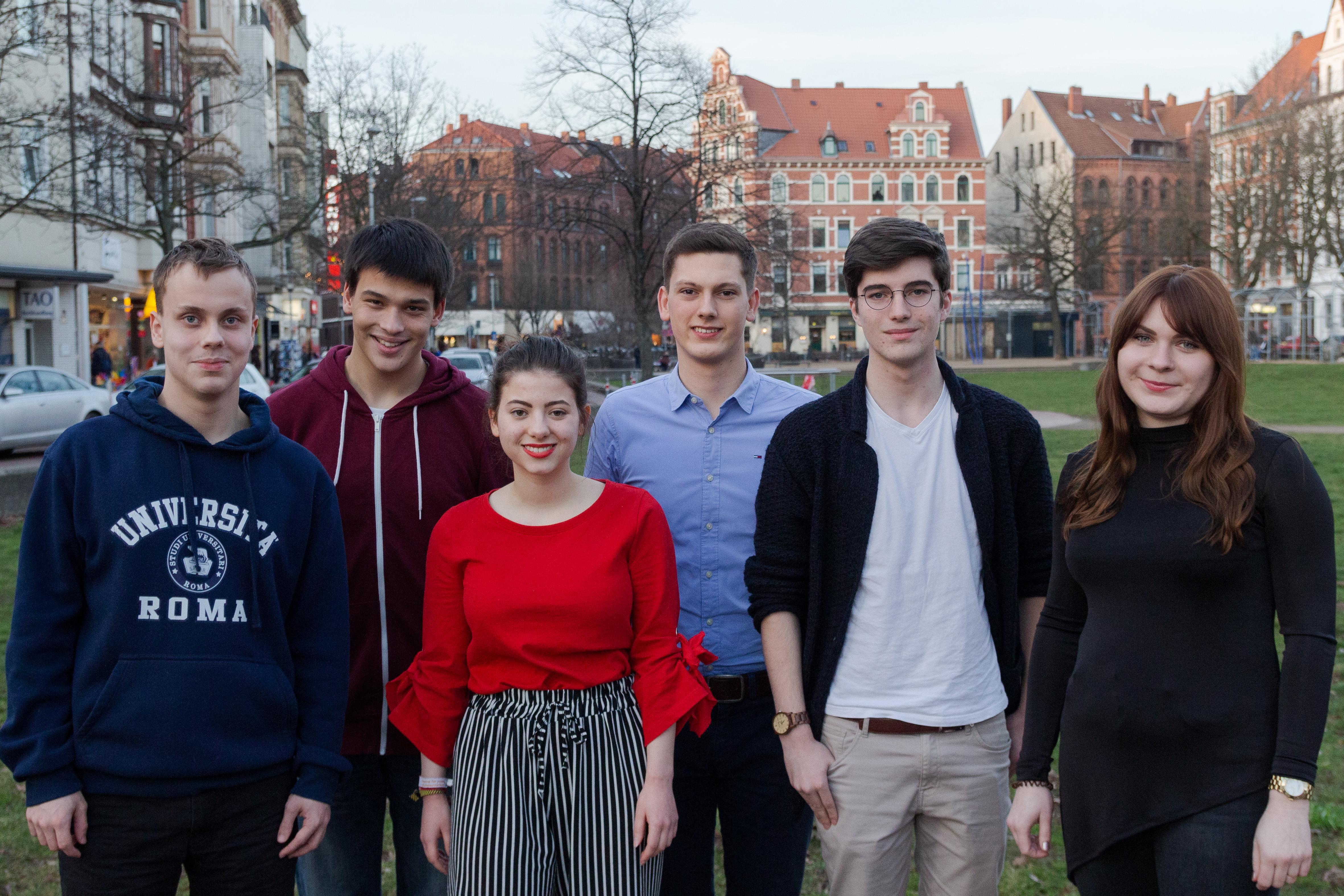Daniel, Silas, Isabella, Henning, Florian und Elena